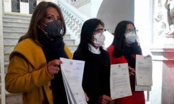 Impulsan proyecto de ley para obligar al debate bajo sanción económica