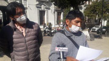 Taxistas libres autoconvocados piden autorización para trabajar