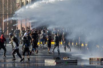 Entre homenajes y disturbios Chile conmemora los 47 años del golpe al gobierno de Allende