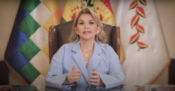 """Jeanine Áñez cumple diez meses en el poder y dice que """"han sido durísimos"""""""