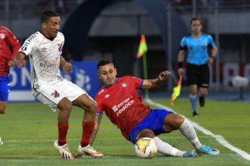 Wilstermann pierde y el fútbol vuelve a Bolivia con frustración