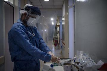 Prueban suero equino en pacientes covid-19 en Argentina