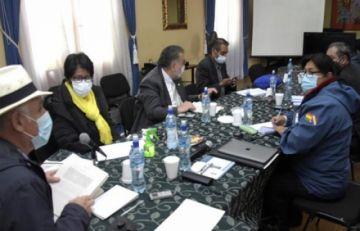 Caso respiradores: Comisión concluye que hubo compras apañadas