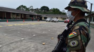 Estados Unidos destaca lucha antidroga de Bolivia