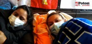 Padres de familia anuncian radicalizar medidas si no se concreta la Canasta Estudiantil