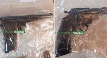 La Policía captura a dos extranjeros armados en La Paz