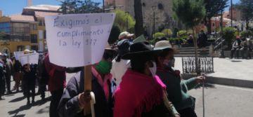 Personas ciegas marcharon en demanda de inclusión laboral y un bono