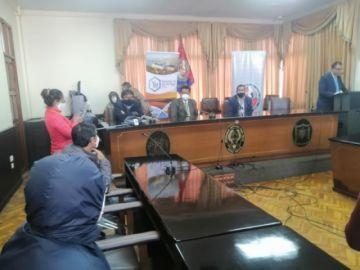 La UATF y YLB firman convenio para el estudio del litio boliviano