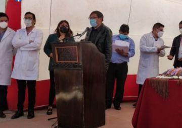 La Alcaldía reconoce la labor de los médicos en un acto público