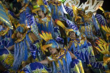 El carnaval de Brasil se suspende sin fecha por la pandemia