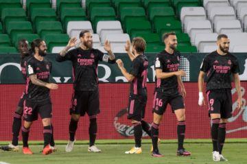 El Real Madrid remonta y gana 3-2 al Betis