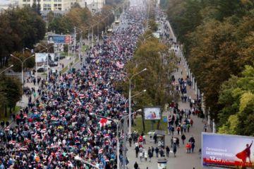 Hay decenas de detenidos en nueva manifestación de la oposición en Bielorrusia