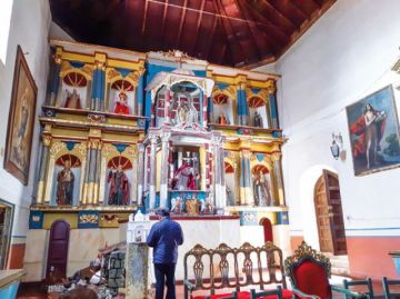 Buscan reabrir templos para celebrar misas presenciales