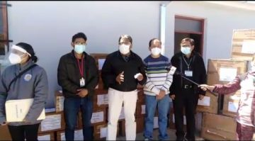Entregan insumos y reactivos para laboratorios covid en Potosí