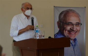 Carlos Mesa le pide a Luis Arce responsabilidad para aceptar el resultado de las urnas