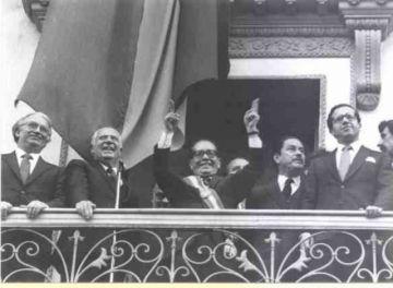 El escritor Homero Carvalho rinde homenaje a Hernán Siles