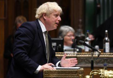 Reino Unido presenta un nuevo sistema de restricciones contra el coronavirus