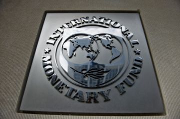 """FMI mejora previsión del PIB para Latinoamérica pero habría """"profundas recesiones"""""""