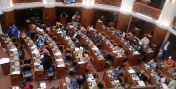 Legislativo pide la destitución de Arturo Murillo tras votar por la censura