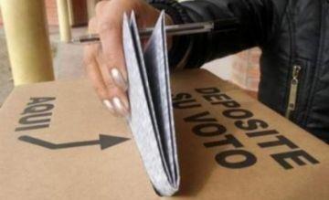 TSE exhorta a no fotografiar papeletas marcadas; sí se puede retratar las actas electorales