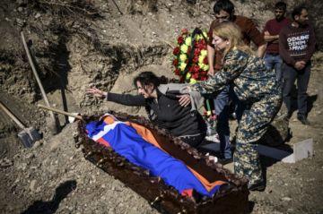 Azerbaiyán jura venganza tras muerte de 13 civiles en escalada de conflicto con Armenia