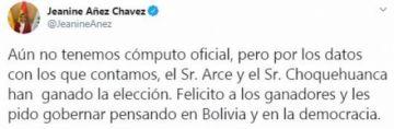 Jeanine Añez felicita a Arce y Choquehuanca y les pide gobernar pensando en Bolivia
