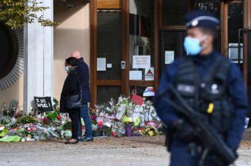 Francia desarrolla una operación policial tras la decapitación de un profesor