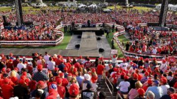 Maratón de mítines de Trump para ganar Florida y Biden lo ataca por el covid-19