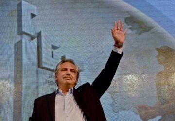 Argentina prolonga restricciones para contener la pandemia