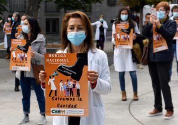 Huelga de los médicos en España se produce en plena pandemia del covid-19