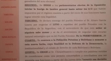 Cívicos declaran enemigo de Potosí a Álvaro García Linera