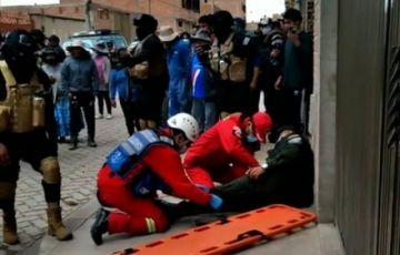 Dos policías resultan heridos en un robo frustrado en El Alto