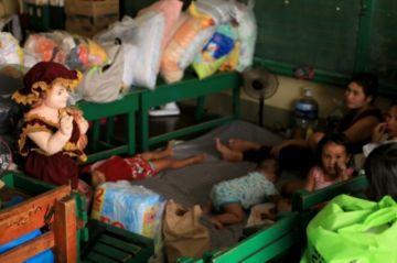 Filipinas evacua a casi un millón de personas ante supertifón Goni