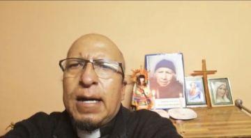 El padre Miguel Albino recuerda a los fieles difuntos