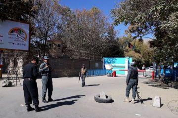 Reportan al menos 19 muertos por disparos en universidad de la capital afgana
