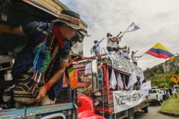 FARC protesta contra el gobierno colombiano por asesinato de excombatientes