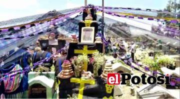 Pobladores de Chaqui celebran Todos Santos con sus tradiciones