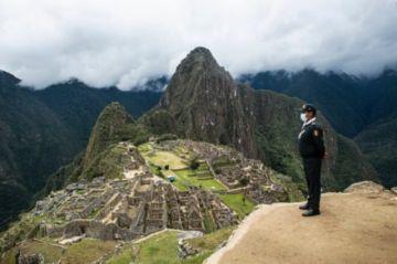 Reabre Machu Picchu con la esperanza de volver a atraer a turistas de todo el mundo