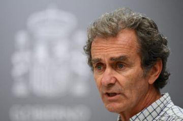 Hay polémica en España por palabras sobre enfermeras del coordinador sanitario del gobierno