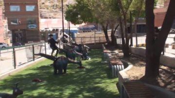 La alcaldía de Potosí entrega un parque infantil en Villa Fátima