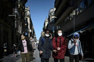 Europa supera a América Latina como la región con más casos de covid-19