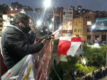 Marchas llegan al Puente de la Dignidad para el Cabildo