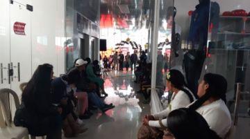 Se inaugura tienda exclusiva para cholitas