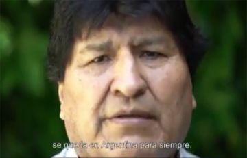 Evo Morales se despidió de Argentina tras su asilo