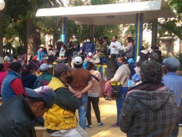 Ponchos rojos presionaron en Tupiza para conseguir el desbloqueo
