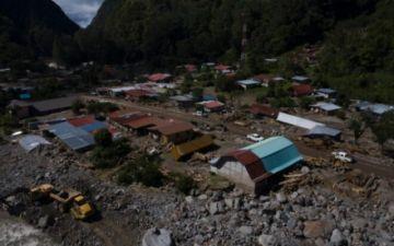 """Lo perdimos """"todo"""", lamentan panameños sobrevientes a ciclón Eta"""