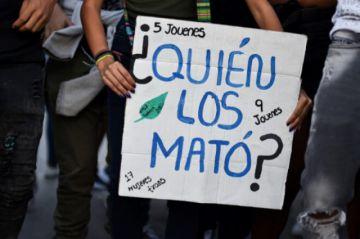 La muerte de nueve presos en un incendio salpica a la policia colombiana