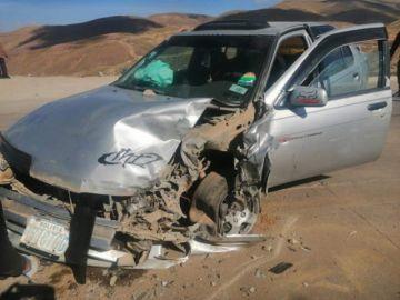 Dos personas resultaron heridas tras colisión de vehículos