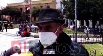 Adultos mayores lamentan que su proyecto de centro de acogida en Potosí no avance