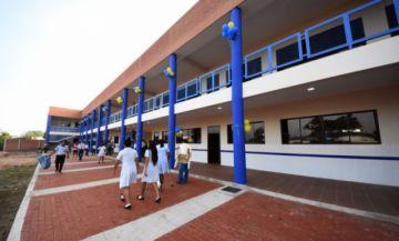 Gobierno dice que gestión escolar 2021 será diseñada con los actores educativos
